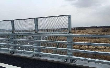 桥梁防落网